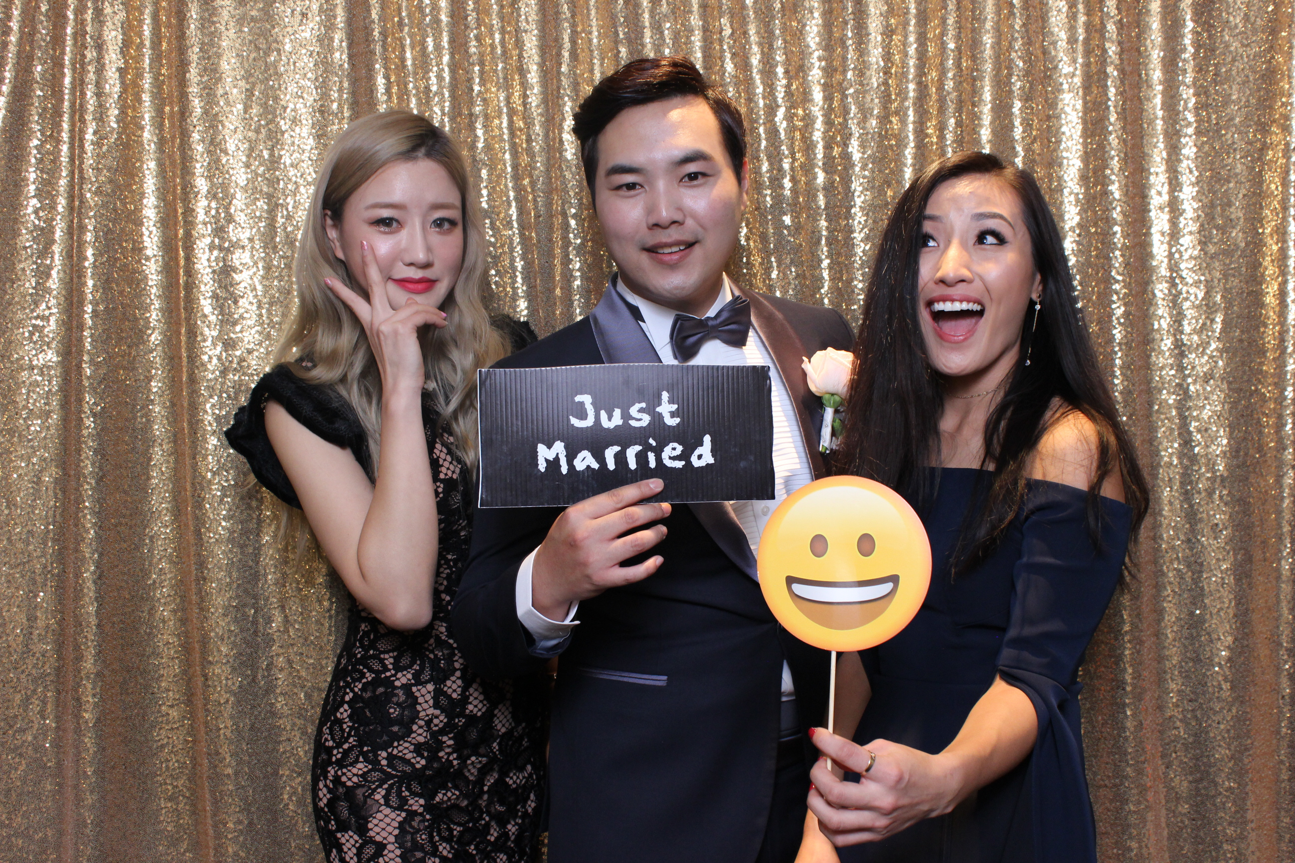 Wedding Photo Booth | Party photo booth backdrop | Photo booth Sydney